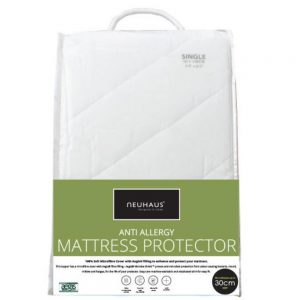 Neuhaus anti-allergy mattress protector.