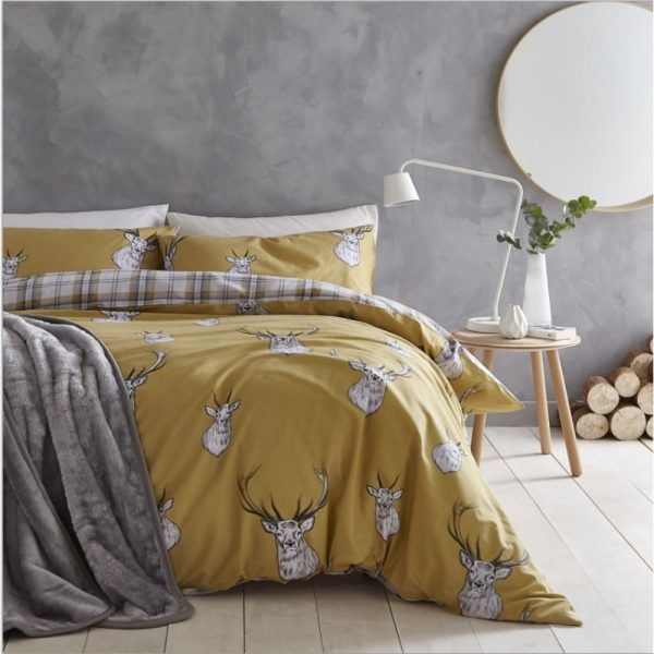 Stag Ochre Quilt Set King