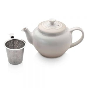 Le Creuset Petite Teapot with Infuser Meringue