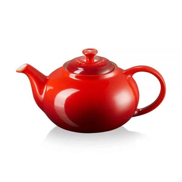 Le Creuset Classic Teapot Cerise 1.3L