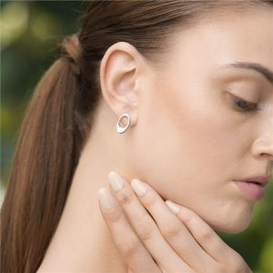 Dew Drop Oval Earrings